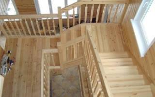 Чем покрасить лестницу из сосны в доме?