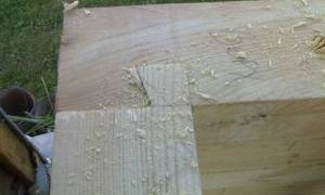 Укладка бруса и сборка углов