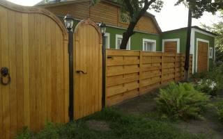 Как сделать забор из досок своими руками?