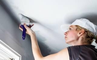 Как приклеить потолочную плитку на побеленный потолок