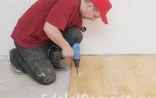 Чем приклеить фанеру к деревянному полу?