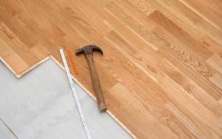 Как постелить ламинат на старый деревянный пол?