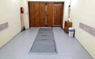 Как покрасить бетонный пол в гараже