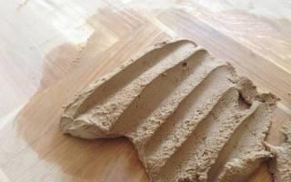 Как заделать трещины в деревянном полу?