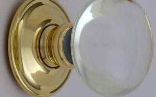 Как установить дверную ручку в межкомнатной двери?