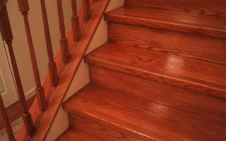 Лак для лестницы из сосны какой лучше?