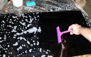 Как очистить фольгу со стекла окна?